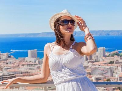11 Tips Penting Agar Tidak Sakit Saat ke Luar Negeri