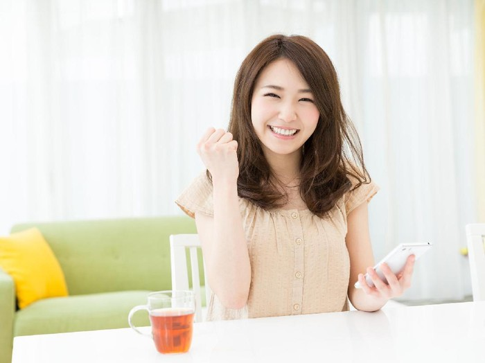 side adult face, young women, Koreans.