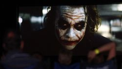 Why So Serious? The Dark Knight adalah Sisi Istimewa Joker