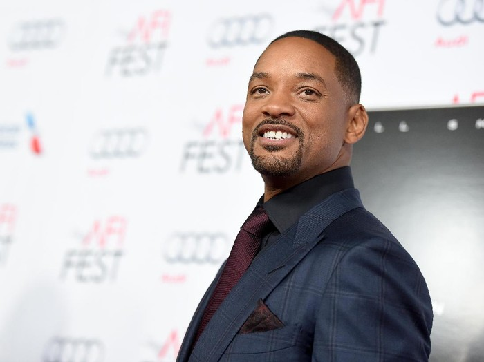 HOLLYWOOD, CA - NOVEMBER 10:  Actor Will Smith attends the Centerpiece Gala Premiere of Columbia Pictures