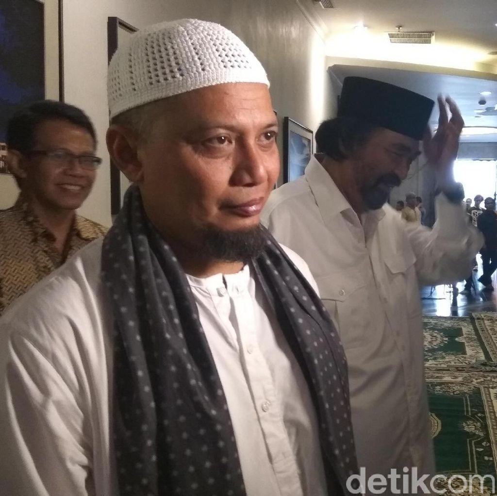 Puisi untuk Ustaz Arifin Ilham: Kematian yang Indah...