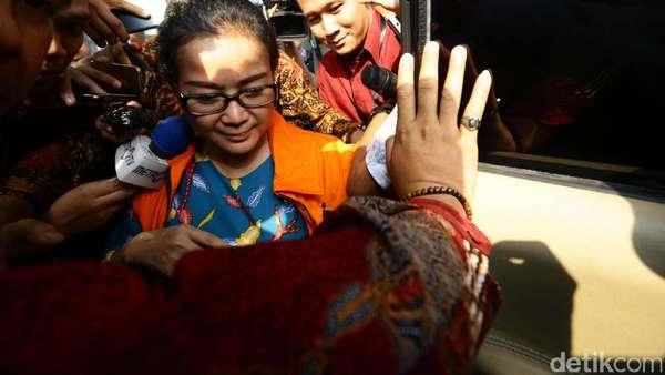 Belum Diganti Hanura, Tersangka KPK Miryam Masih Anggota DPR