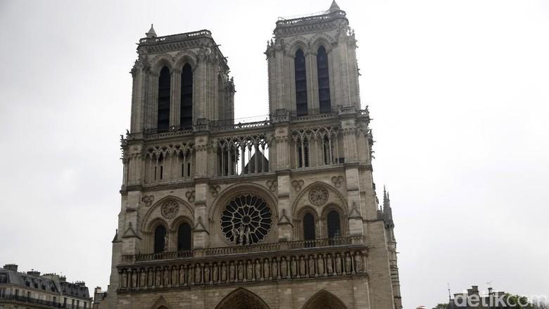 Foto: Gereja Katedral Notre Dame di Paris, Prancis (Agung Pambudhydetikcom)