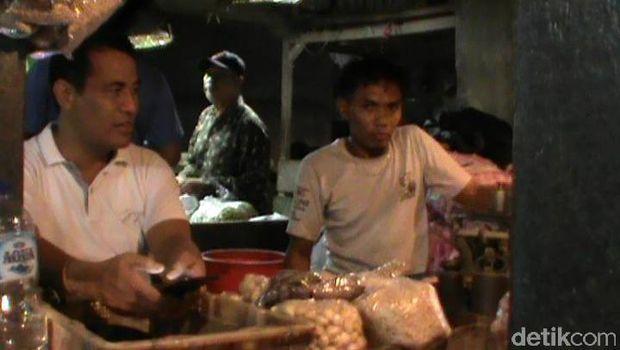 Mentan menyamar jadi pembeli dan sidak pasar di Surabaya