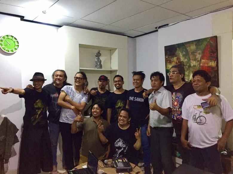 Tony Q Rastafara meluncurkan aplikasi di Hari Kebangkitan Nasional 2017. Foto: Arbi Anugrah
