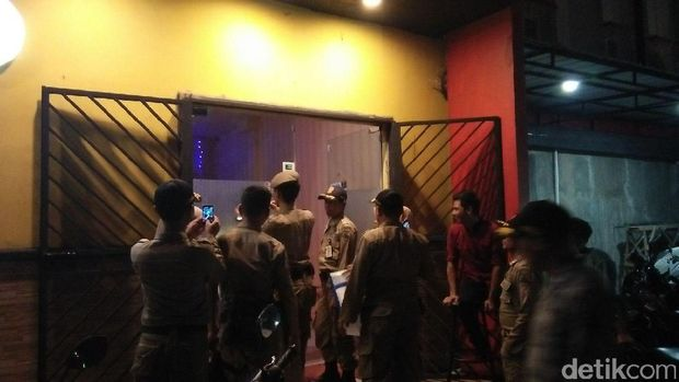 Jelang Ramadan, Satpol PP Razia Tempat Hiburan Malam di Cilegon