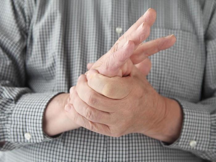 Kesemutan seringkali disebut sebagai gejala stroke/Foto: thinkstock