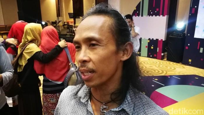 Yayan Ruhian di acara dYouthizen Motorola yang berlangsung di Makassar. Foto: detikINET/Muhammad Alif Goenawan