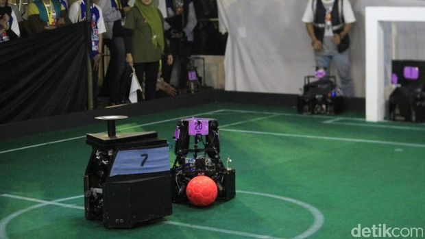 3 Tim Robot dari Jabar Maju ke Kejuaraan Nasional
