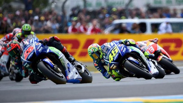 Beda Nasib Vinales dan Rossi dalam Kemenangan ke-500 Yamaha