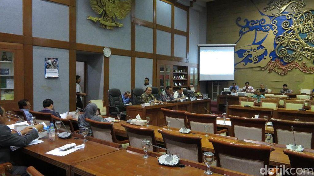 Golkar-Gerindra Pertanyakan Urgensi RUU Ketahanan Keluarga