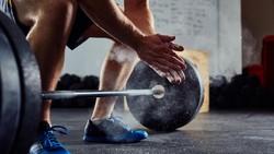 Aduh! Mantan Pria Terkuat Dunia Kecelakaan, Penisnya Ketiban Alat Fitness