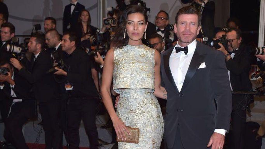 Gaun Rancangan Sebastian Gunawan Eksis di Festival Film Cannes