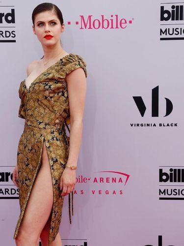 Foto: 7 Selebriti dengan Busana Terburuk di Billboard Music Awards