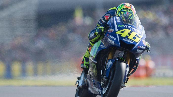 Valentino Rossi beraksi di sirkuit Le Mans pada MotoGP Prancis. (Foto: Getty Images Sport/Mirco Lazzari gp)