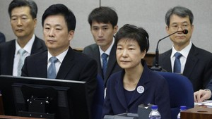 Eks Presiden Korsel Pakai Suap dari Intelijen untuk Suntik Botox