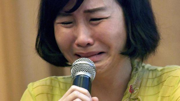 Veronica Tan diceraikan oleh Ahok akibat isu pihak ketiga.