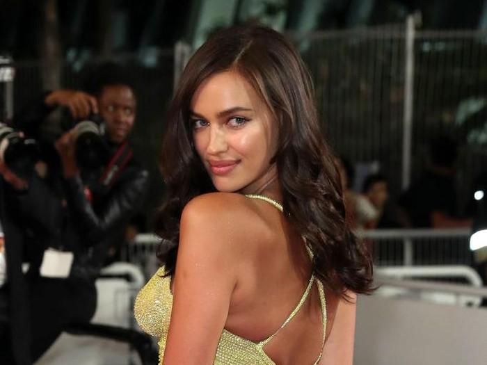 Irina Shayk pamer foto seksi setelah putus dari Bradley Cooper. (Foto: Dok. Getty Images)
