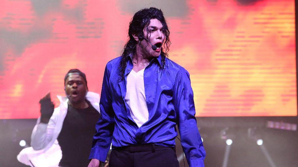 Dance ala Michael Jackson Bukan Gerakan Mudah, Awas Cedera!