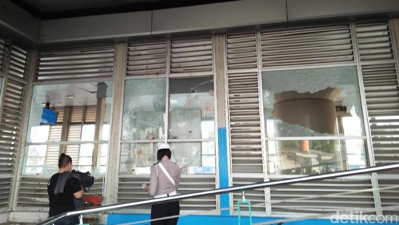 2 Pelaku Bom Bunuh Diri Kampung Melayu Akan Dites DNA
