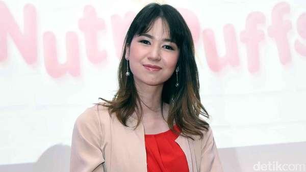 Laura Basuki Makin Cantik Aja