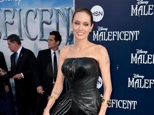 Angelina Jolie Dikabarkan Kesulitan Uang Pasca Cerai dari Brad Pitt