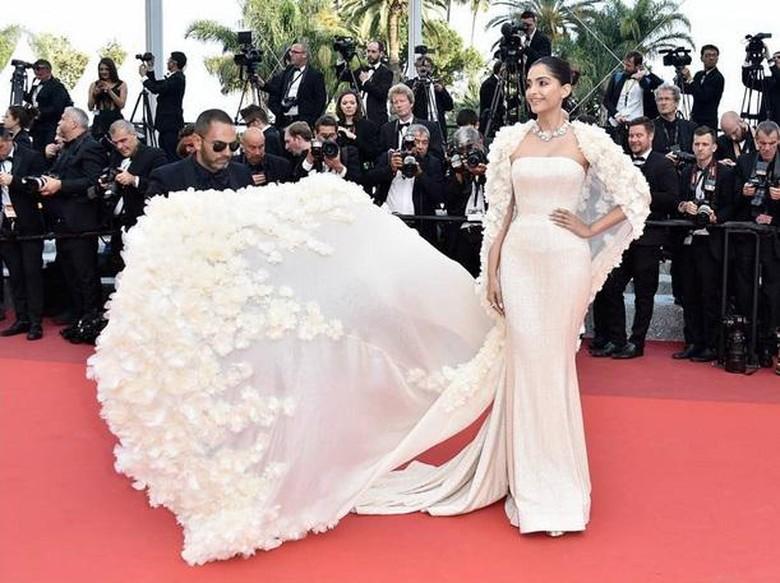 Anil Kapoor Beri Pernyataan soal Pernikahan Sonam Kapoor