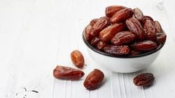Antioksidan berfungsi untuk kesehatan tubuh, terutama untuk menangkal radikal bebas. Untuk memenuhi kebutuhan antioksidan, kita bisa konsumsi 10 makanan ini.