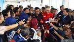 Djarot Sambangi Halte TransJakarta Kampung Melayu