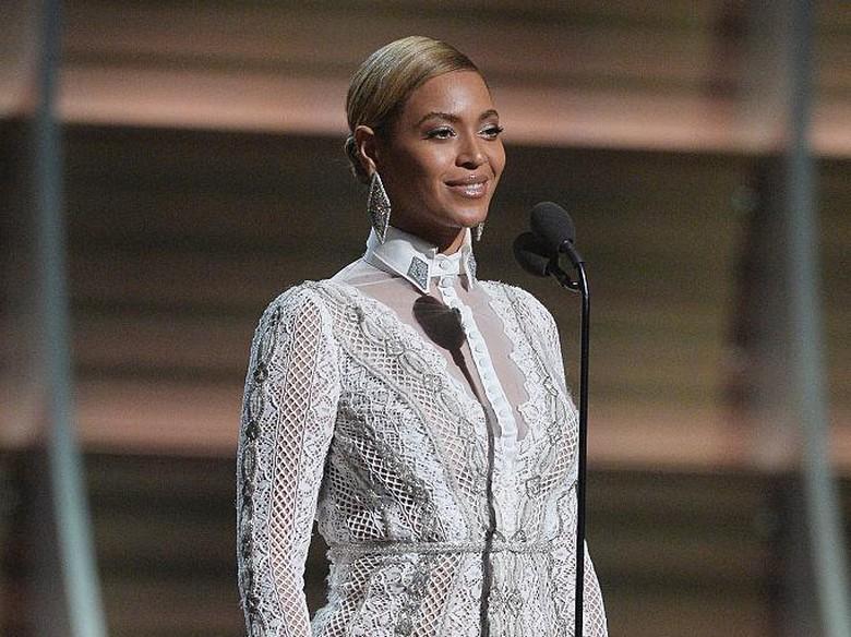 Foto: Jalaluddin Rumi Disebut Jadi Inspirasi Nama Anak Kembar Beyonce-Jay Z (Kevork Djansezian/Getty Images)