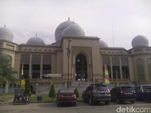 Menikmati Puasa Ramadan di Masjid Terbesar Lhokseumawe