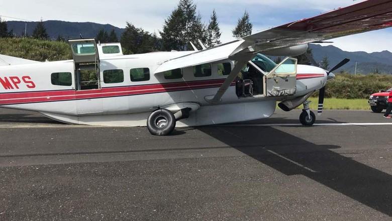 Pesawat Tergelincir di Ilaga Papua, 5 Orang Selamat