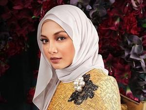 Foto: Cantiknya Noor Neelofa, Gigi Hadid Berhijab dari Malaysia
