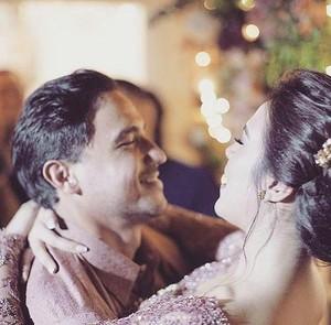 Penuh Tawa, Momen Lucu Pertunangan Raisa-Hamish yang Mungkin Belum Kamu Tahu