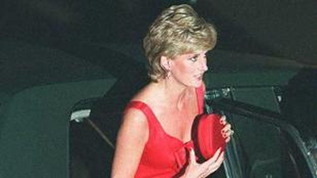 Mobil Tua Hadiah Pertunangan Putri Diana dengan Pangeran Charles akan Dilelang
