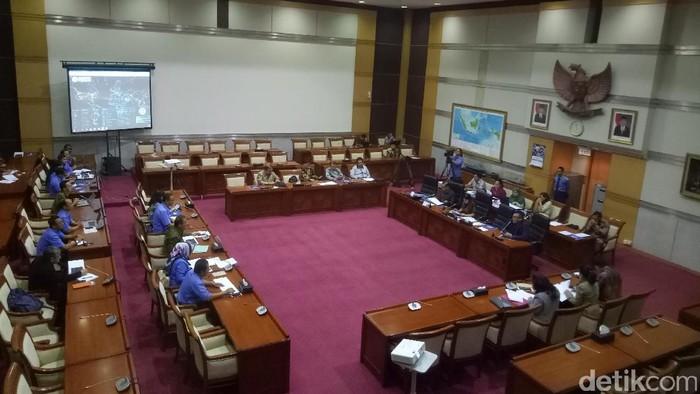 Rapat Komisi I DPR dengan Menkominfo / Foto: Gibran Maulana Ibrahim/detikcom