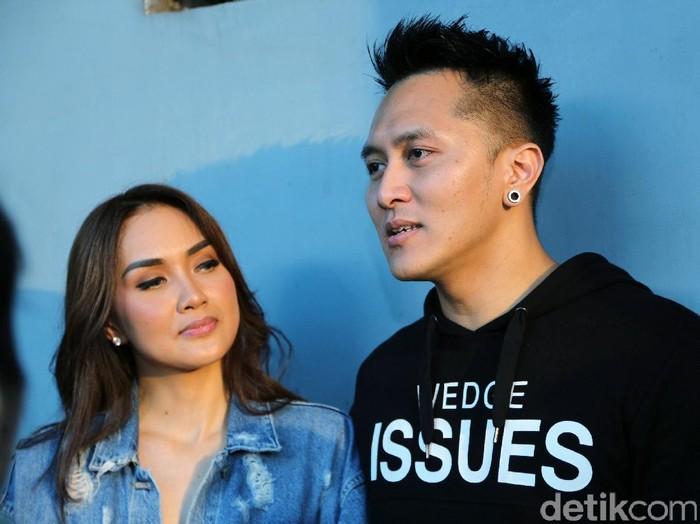 Demian dan Sara Wijayanto saat ditemui di gedung Trans TV.
