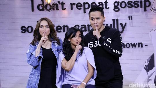Dukungan Sara Wijayanto untuk Demian Aditya di Americas Got Talent