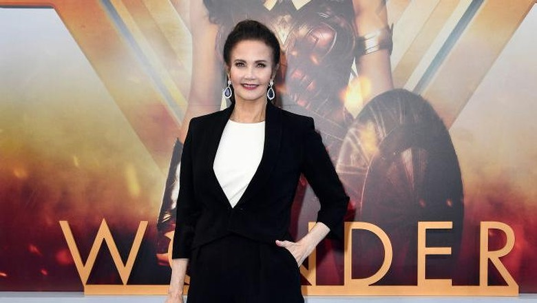 Lynda Carter Bakal Bintangi Wonder Woman 2?