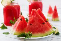 5 Buah Segar Kaya Nutrisi yang Cocok Dikonsumsi Saat Cuaca Terik
