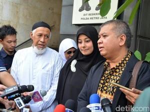 Is Hengkang dari Payung Teduh, Putri Aisyah Resmi Janda Al Habsyi