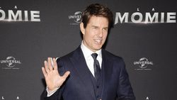 Kru Syuting Diserang COVID-19, Tom Cruise Dipaksa Isolasi