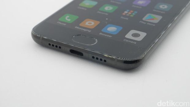 Terungkap Penampakan Versi Bongsor Xiaomi Mi 6