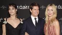 Tom Cruise bersama Sofia Boutella dan Annabelle Wallis di acara premiere film The Mummy di Paris, Perancis pada Selasa (30/5) waktu setempat. Pascal Le Segretain/Getty Images/detikFoto.