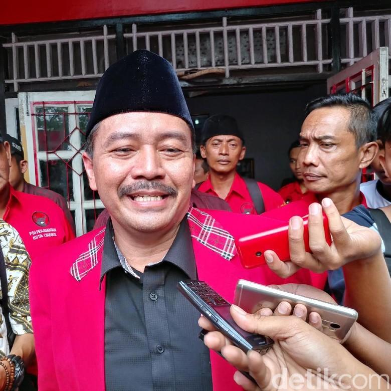 Ketua DPC PDIP Cirebon Mendaftar Jadi Calon Wali Kota