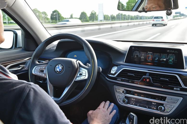 Mobil otonom BMW (Foto: BMW)