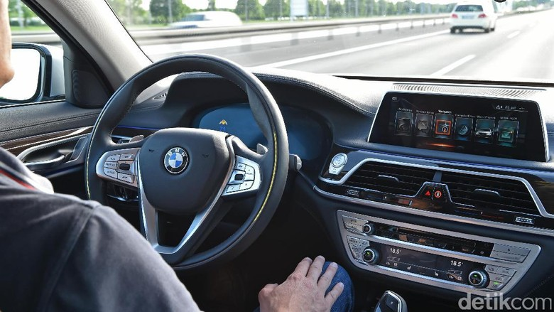 Ilustrasi mobil otonom. Foto: BMW