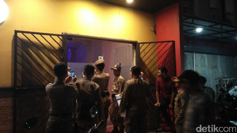 Malam Idul Adha, Satpol PP akan Razia Hiburan Malam di Jakarta