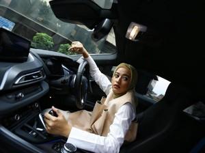 Hijabers Amyrah Zandra Dhiya Pilih Tol untuk Hindari Pemotor