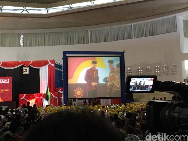 Jokowi: Tunjukkan Pada Saya Mana PKI, Saya Akan Gebuk!
